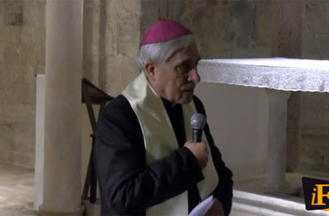 Vescovo Delio Lucarelli