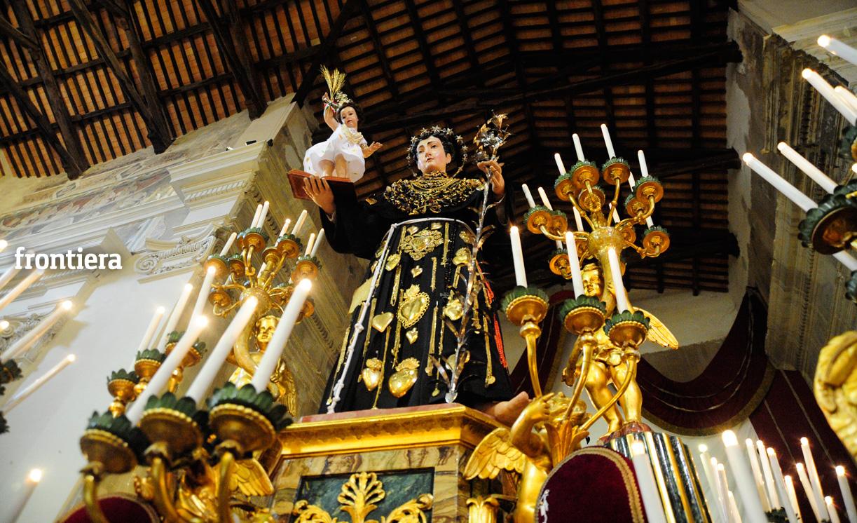 Giugno Antoniano, adorazione eucaristica