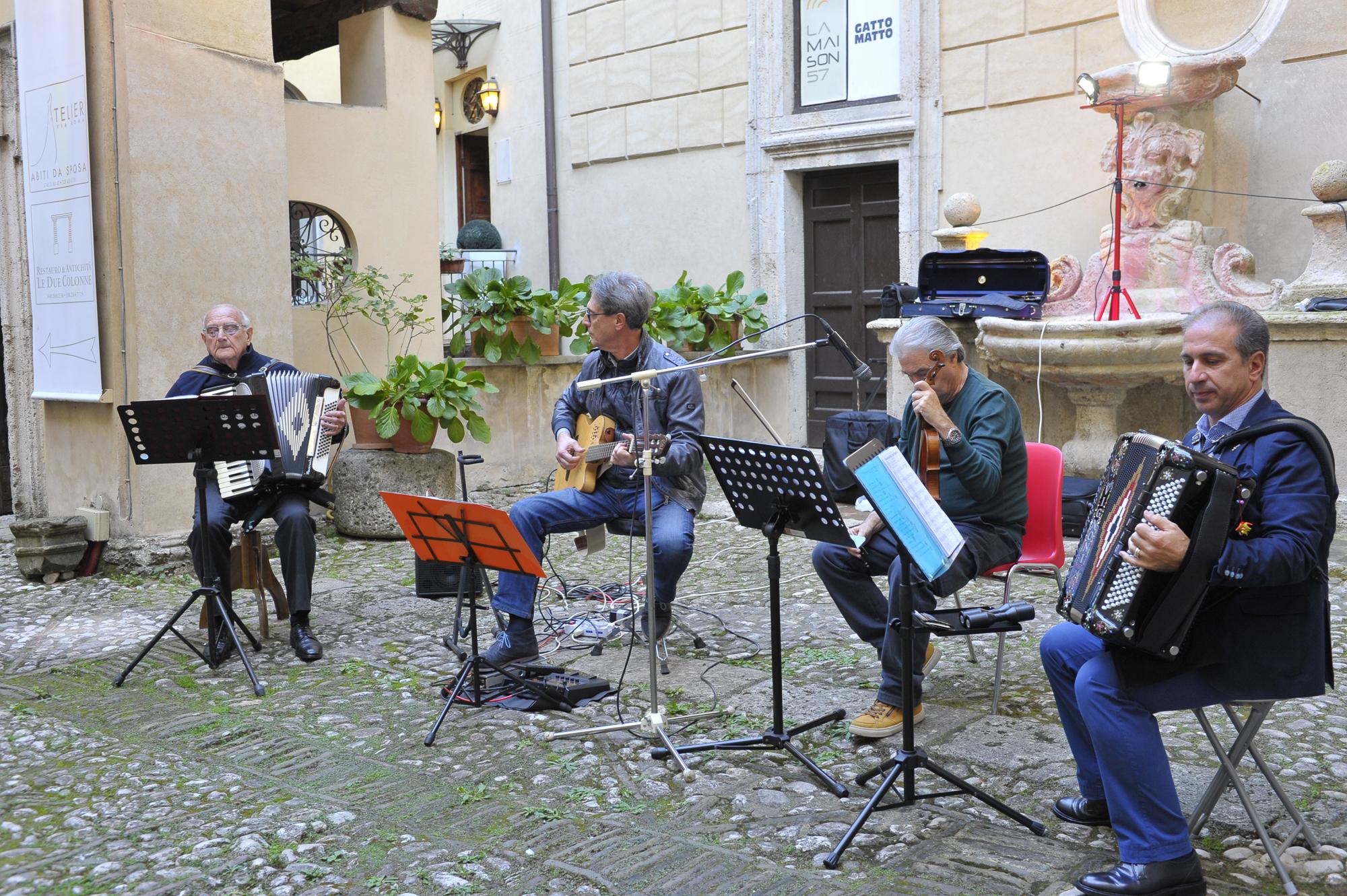 """""""Musica dal mondo"""" con la """"Piccola Orchestra Soleado"""""""