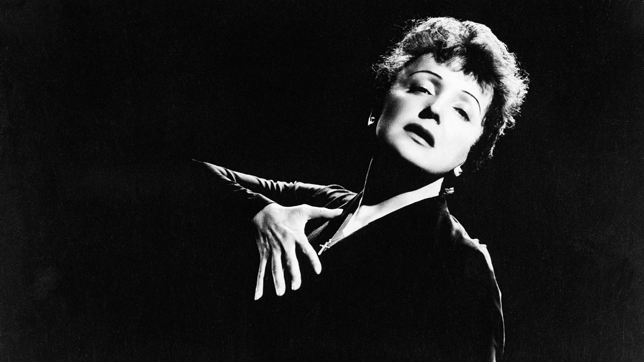 """Teatro Altrove / """"I primi 100 anni di Edith Piaf"""""""